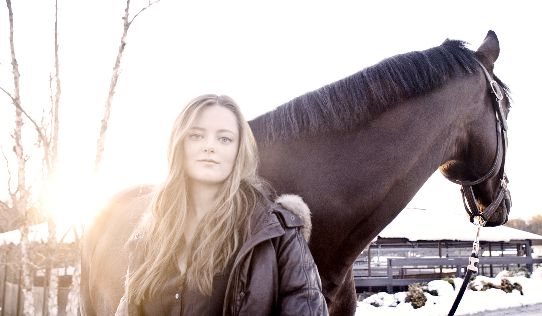 Los Angeles portrait Photography, Michael Brian, pet, cat, lifestyle, Young female portrait with horse, sun flare