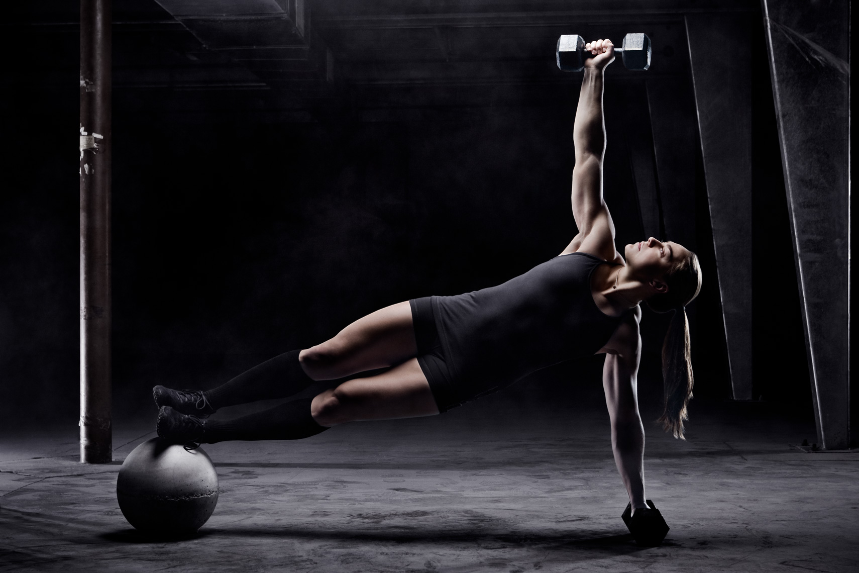 Los Angeles Sports Photography, Michael Brian, female, Katie Hogan, Reebok Crossfit Games athlete, studio portrait, side plank on ball