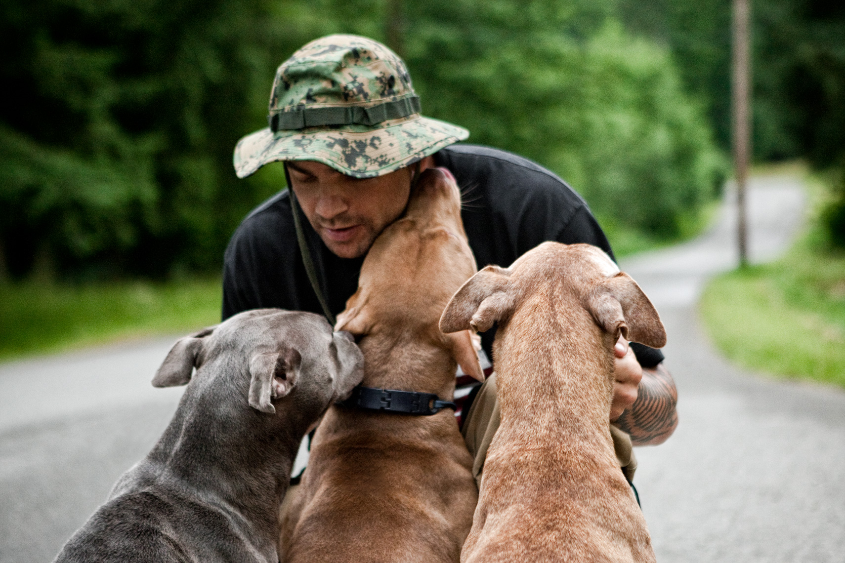 Los Angeles Dog Photography, Michael Brian, pet, cat, Portrait of Dog Trainer Tyson Kilmer with three Pit Bulls