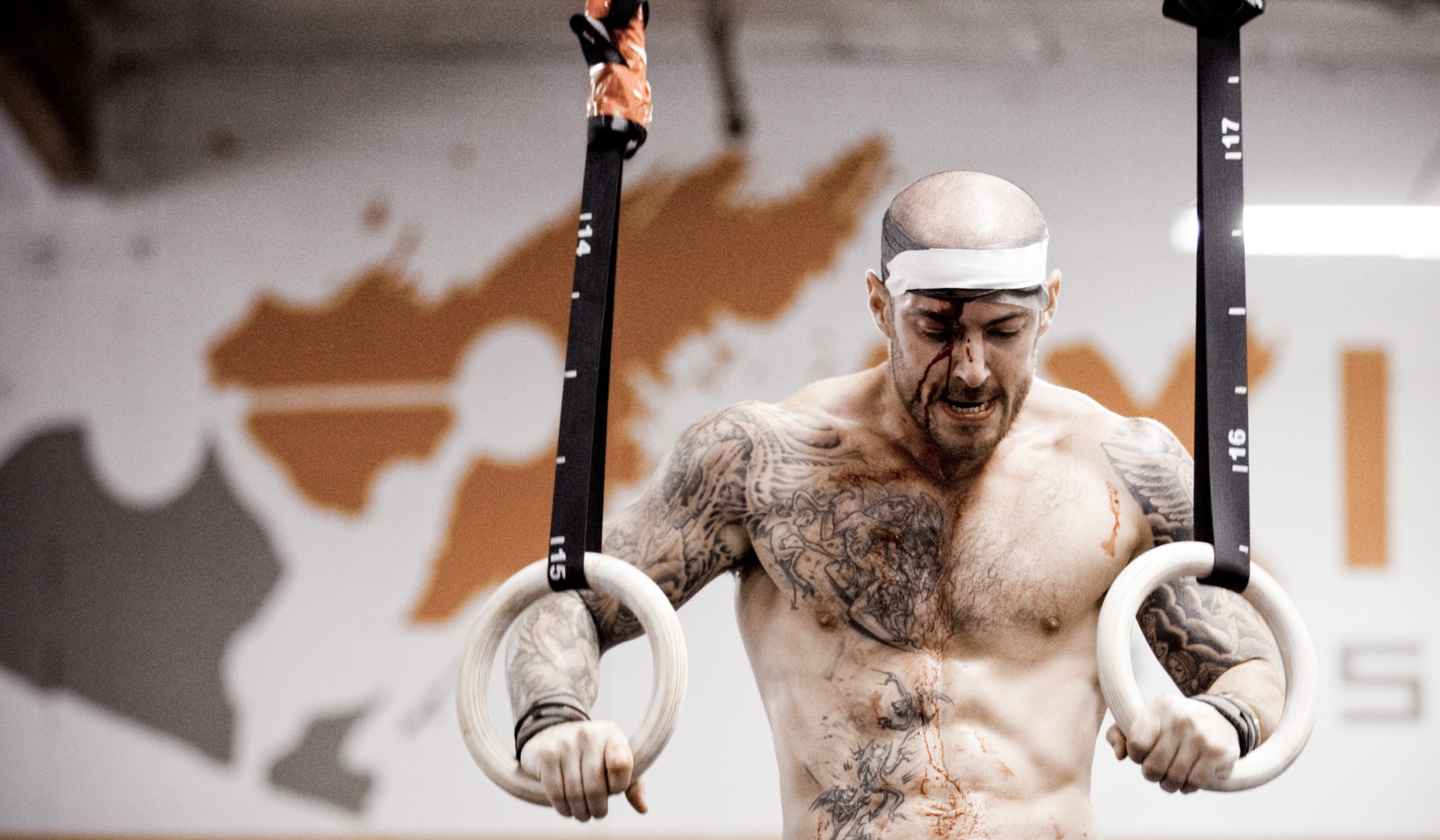 Los Angeles Sports Photography, Michael Brian, Bloodied, Crossfit athlete, muscle up