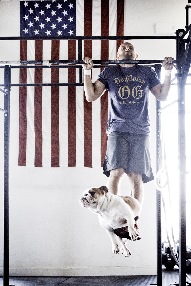 Crossfit, LA Dog Photography, Michael Brian, Los Angeles, Sports, Bulldogs and barbells, Josh Gallegos doing weighted pullups at Dogtown Crossfit