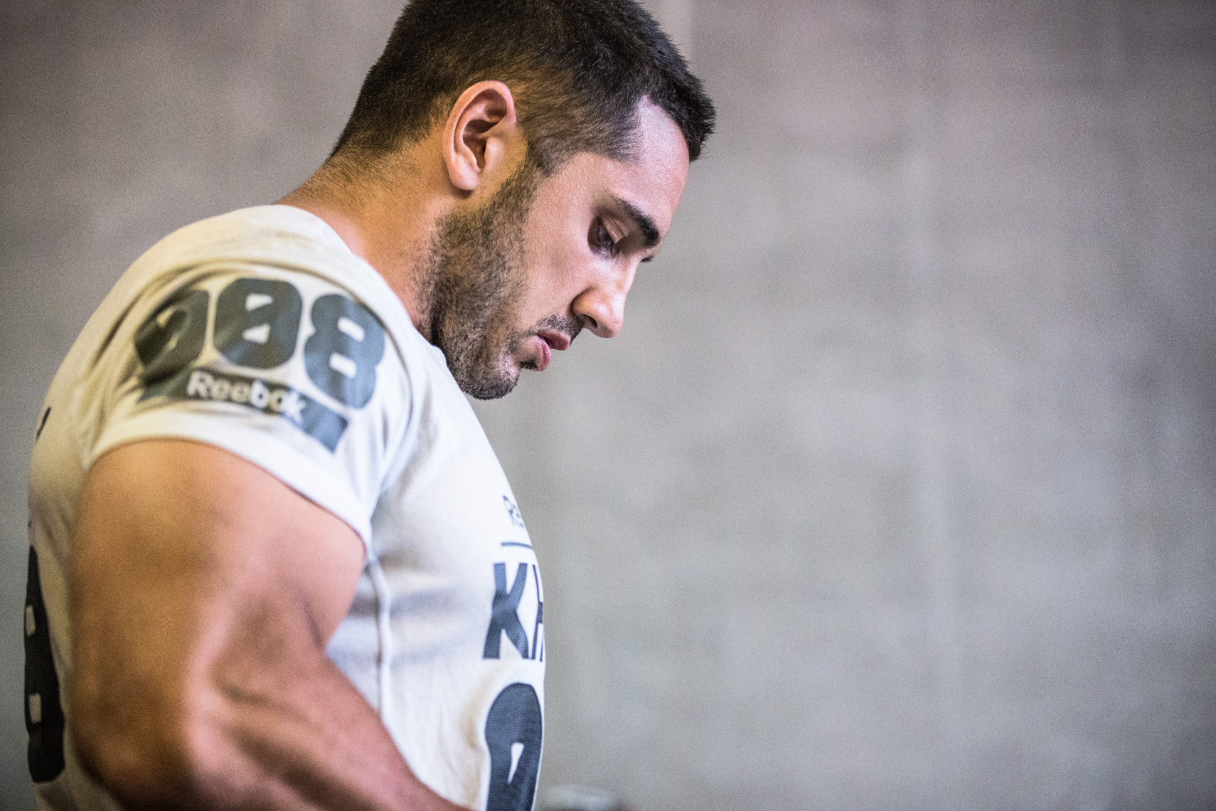 Los Angeles Sports Photography, Michael Brian, Jason Khalipa, Team USA, Reebok Crossfit Games athlete, preps for final event, Rogue, StubHub Center